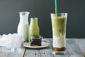 iced matcha almond latte