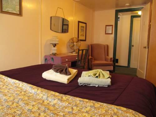 Talkeetna Roadhouse rooms