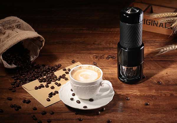 Easy To Carry Along Portable Coffee Maker