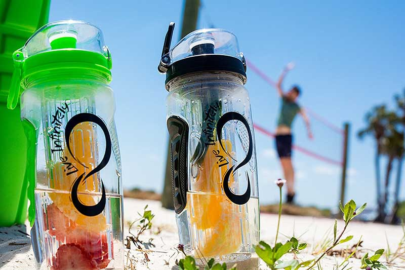 water bottle that infuses water